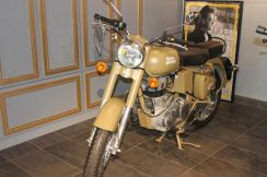 Royal enfield classic 500 brand new
