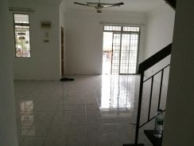 Terrace House 22x70 Taman Lestari Putra Lep 4 Seri Kembangan