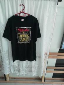Unisex black t-shirt. visit Malaysia. size M.