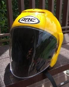 Helmet ARC Yellow