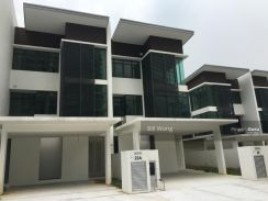 4 storey Villa Citrine Cristal Serin Residence Cyberjaya Domain | F/F