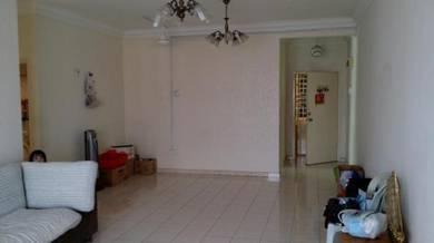(SALE SALE SALE) Bayu Suria Apartment (Corner Lot) Balakong Serdang