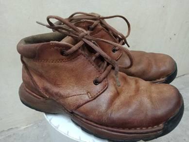 Clarks originals inside outside leather .