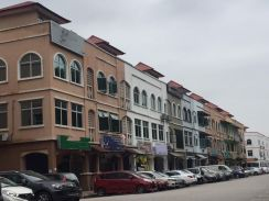Bandar Puteri Puchong Adjoining Two units Shop Office