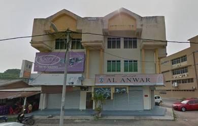 Bangunan Tepi Jalan Utama Bandar Dungun Terengganu