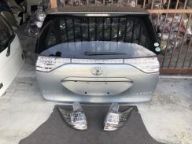 Bonet Trunk Tail Lamp Light Toyota Estima ACR50 Jp