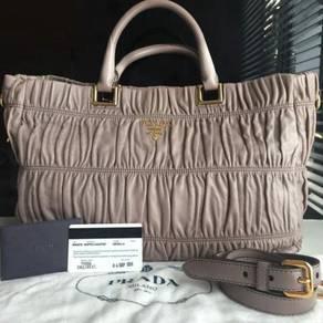 Prada BN2076 Full Leather Gaufre in Argilla strap