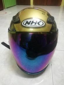 Helmet NHK Karel Abraham K17