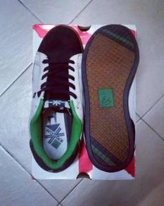 Es'shoes