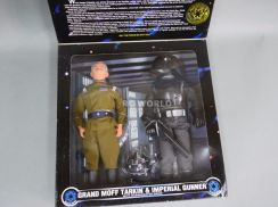 Star Wars GRAND MOFF TARKIN & IMPERIAL GUNNER 12