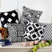 PILLOW COVER SARUNG BANTAL-tanjung aru