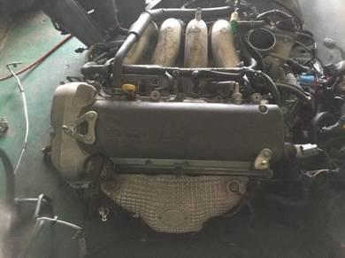 Suzuki Swift Sports ZC31 engine kosong