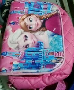 Beg perempuan frozen