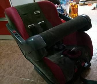 Baby car seat (kusyen baby kereta)