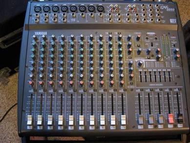 Mixer yamaha emx2000