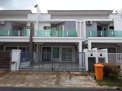 2 storey terrace BENTONIX in bandar sri sendayan (Hijayu 1B)