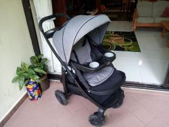 GRACO convertible stroller/car sit