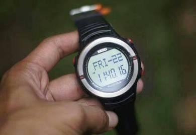 Jam tangan 3d pedometer