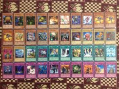 Yugioh japanese deck +2 ultra rare cards