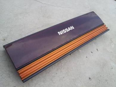 Nissan CEFIRO Reflector A31