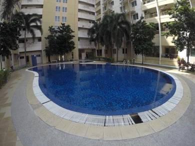 Non Bumi Renovated Vistaria Apartment Puchong Perdana, Puchong