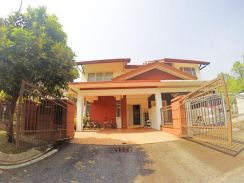 FULLY RENOVATED BEAUTIFUL 2 Storey Semi D Kota Emerald Rawang