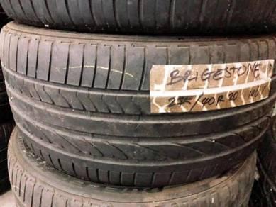 275/40/20 tyre