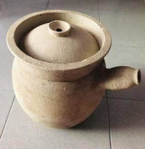 Clay herb pot
