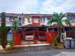 Sale ! Seremban 3 Double Storey Good Condition Partially Renovated !!!