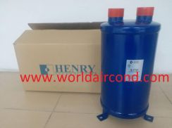 Henry Suction Accumulator S-7721