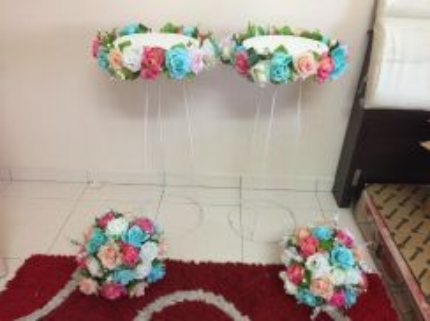 Set bunga pelamin warna lembut