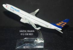 Air Merpati B737 - Aircraft Model 23