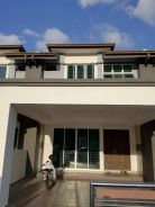 Double Storey Terrace, Tmn Bukit Kaya Indah