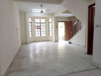 [FREEHOLD] 2 Storey House, Bandar Bukit Puchong, Jalan BP 18X60 NICE