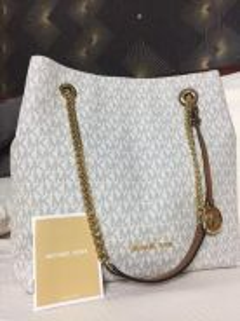 Pre-loved MK Handbag for sale