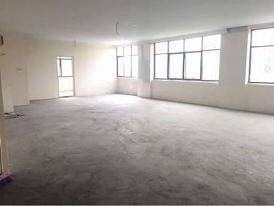 Stutong Indah Height Third Floor Corner Unit Shoplot For Rent