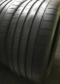 Tayar 19 inci/inch 235 35 19 x 2pcs Michelin PSS