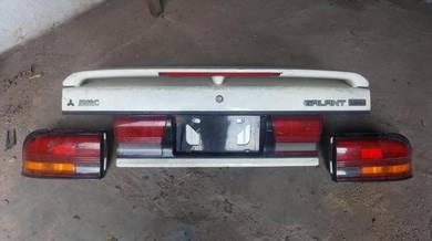 Bonet Belakang VR4 RS E39A