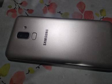 Samsung J8 2018 ( warranty)