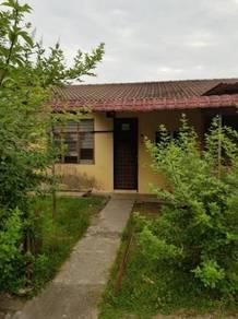 HOUSE FOR SALE: Taman Desa Dahlia, Senawang