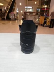 Sony e 18-135mm f3.5-5.6 oss lens (99.9% new)
