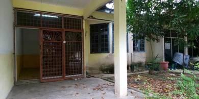 Single storey terrace taman emas bedong for sale