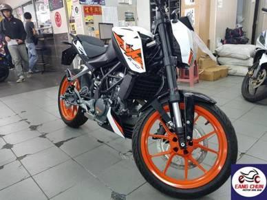 KTM DUKE 200 Duke 200 Stok Ready & Full Loan