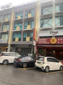 Puchong puteri 1 office suite fully renovated & furnished