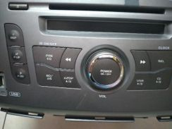 Cd player kereta alza
