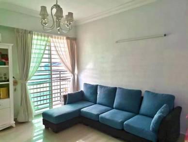 Halaman Kristal Krystal Jelutong 1100sf Fully Furnished Renovated DEAL