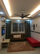Tiara Homestay - Near Seaside Straits Quay Penang