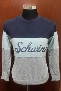 Sweater Uniqlo Shwinn