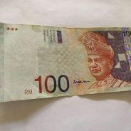 Old currency 100 malaysia note