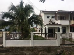 Double storey corner house at Kulim square
